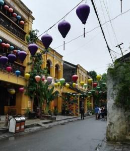blog-voyage-couple-parfums-de-liberte-vietnam-leo-et-julie-petit-budget-rue
