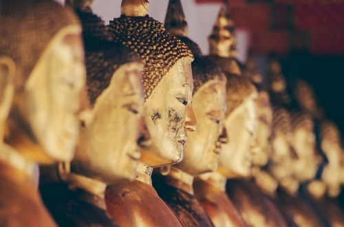 blog-voyage-couple-parfums-de-liberte-leo-et-julie-petit-budget-bangkok-buddha-home