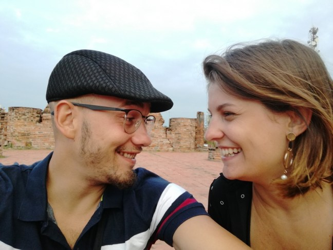 blog-voyage-couple-parfums-de-liberte-leo-et-julie-petit-budget-bangkok-regard