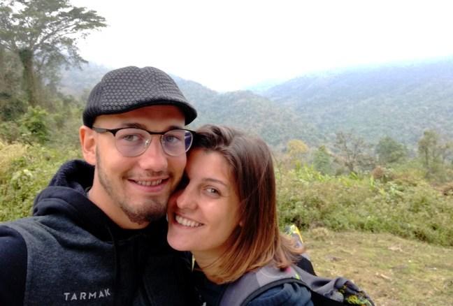 blog-voyage-couple-parfums-de-liberte-leo-et-julie-petit-budget-jungle-thailandaise-selfie-parc-national-khao-yai