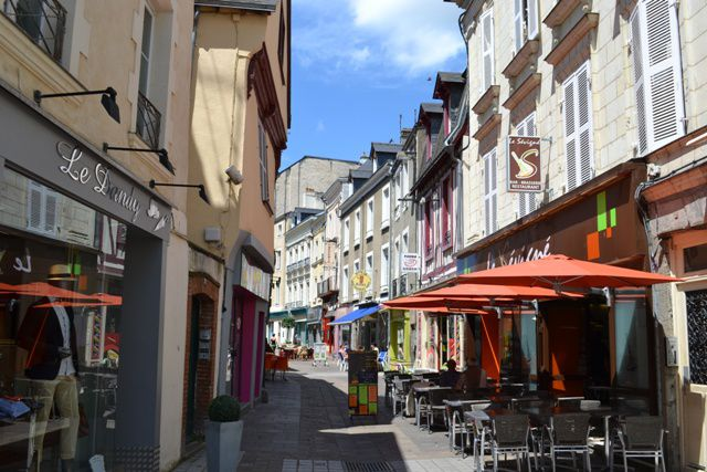 The Complete Expat Guide to France