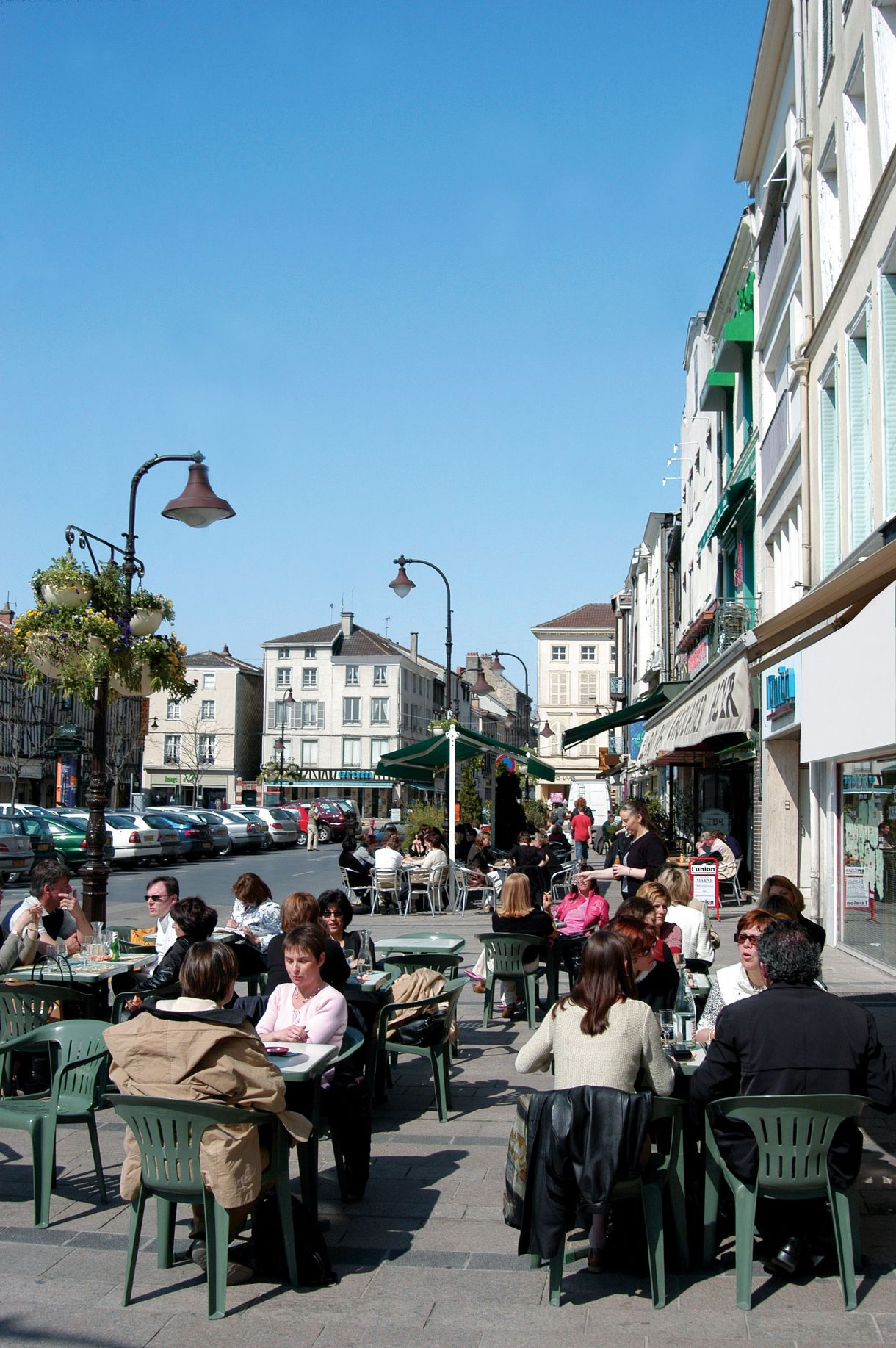 Entreprendre-Chalons-Champagne-terrasse cafe_1