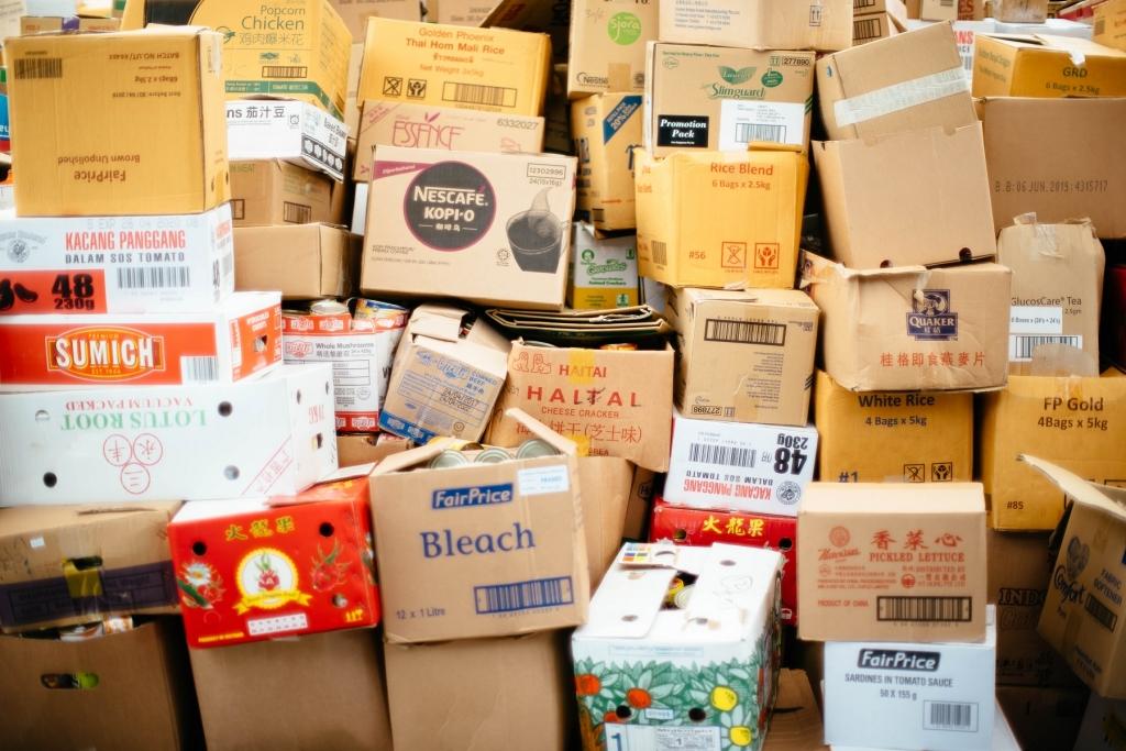 """Résultat de recherche d'images pour """"cartons déménagement pile"""""""