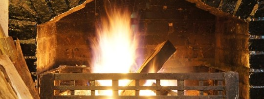 Feu de cheminée à Ye Old Smoke House à Cameron Highlands