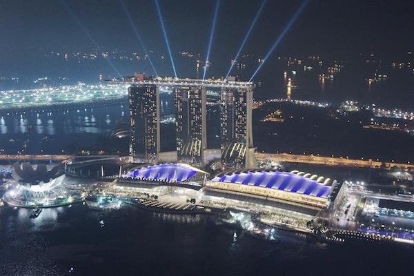 Marina Bay Sands la nuit