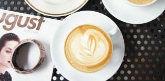 Café latte à The Orange Thimble à Tiong Bahru