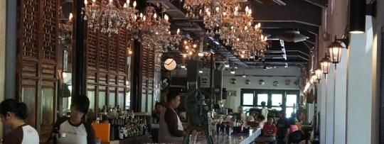 Le bar à The Coastal Settlement