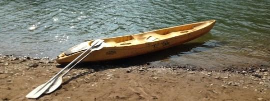 Faire du Kayak à Vang Vieng (Laos)