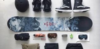 Snowboard gear for Niseko
