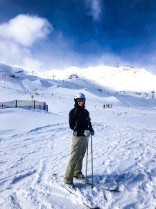 Czemu warto jeździć na nartach