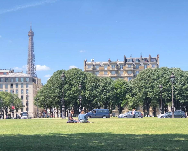 Jak zwiedzać Paryż