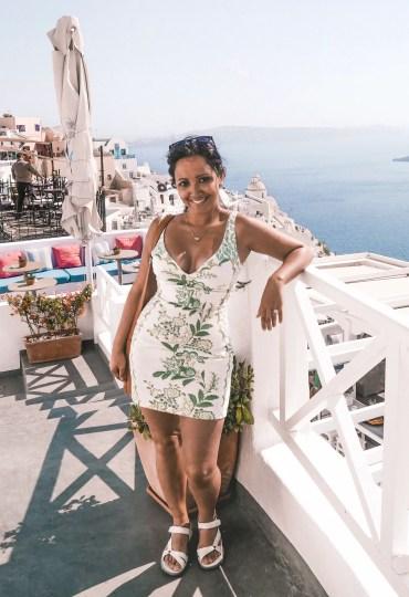 Santorini-Greece-Lightroom-Preset-Filter-Paris-Chic-Style-Travel-Instagram-Fashion-Blog-11