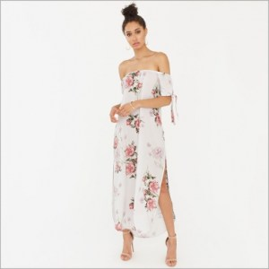 What To Wear In Morocco Marrakech Black White Pink Floral Maxi Dress Paris Chic Style 6