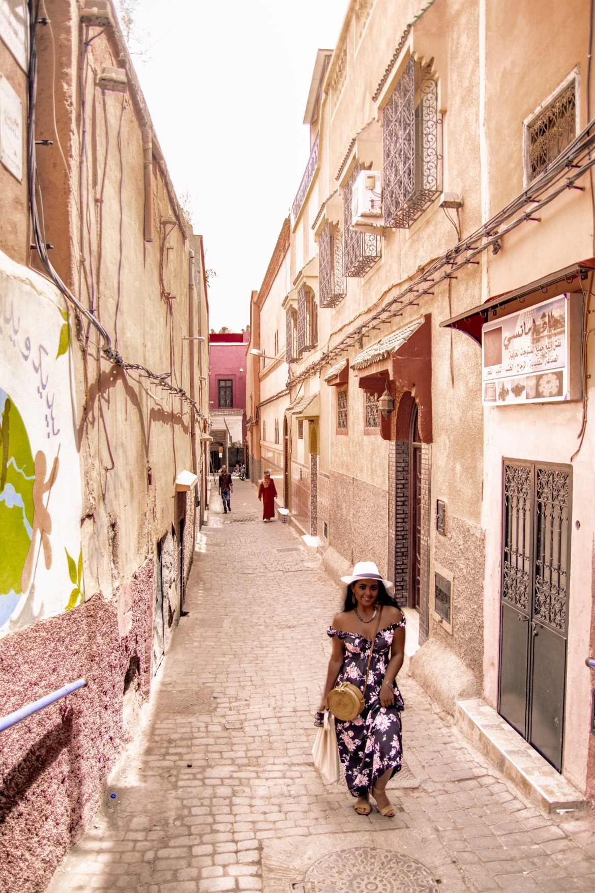 What To Wear in Morocco Marrakech Summer April May June July August September October November Travel Fashion Paris Chic Style 7