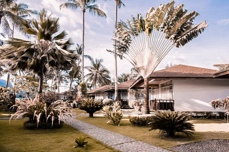 where to stay in el nido palawan el nido hotels beachfront cadlao resort restaurant paris chic style