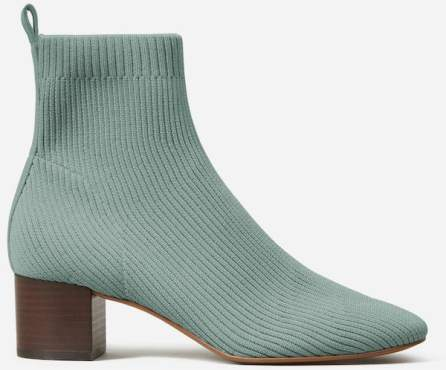 Most Stylish Boots For Women For Work Travel Parisian Style Ankle Boots Glove Boots Everlane Paris Chic Style 3