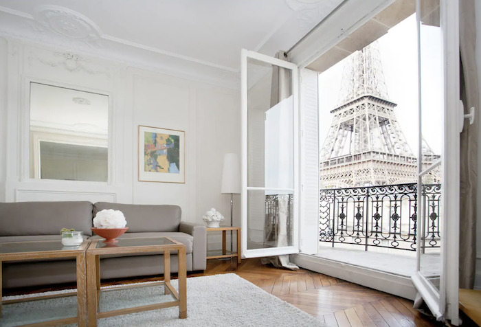 Best Paris Airbnbs With Eiffel Tower View Balcony Parisian Street Paris Apartment Paris Chic Style