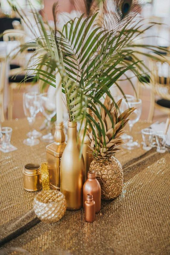 Thème-mariage-tropical-table-ananas