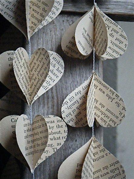 Thème-mariage-littéraire-guirlande-pages-coeur