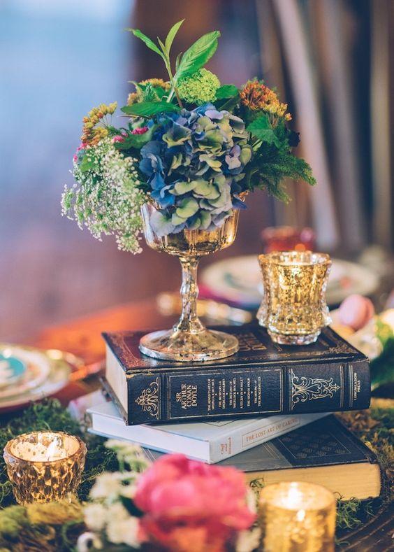 Thème-mariage-littéraire-livres-bouquet