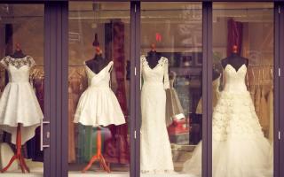 Vitrine-robes-de-mariée