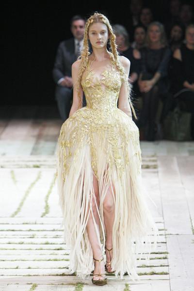 Alexander McQueen  Paris Fashion Week  Paris Girl Couture
