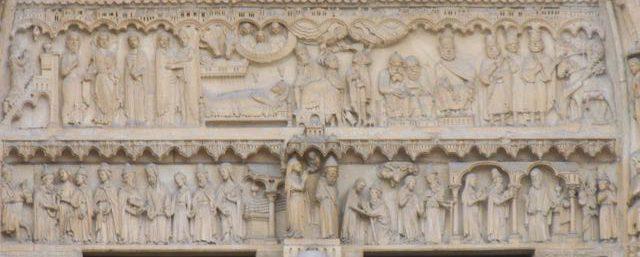 La Nativité sur le portail Sainte-Anne de Notre-Dame