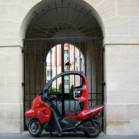 Scooting through Paris