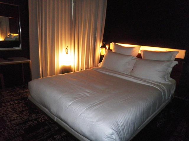 premi re nuit au mama shelter paris maman moi. Black Bedroom Furniture Sets. Home Design Ideas