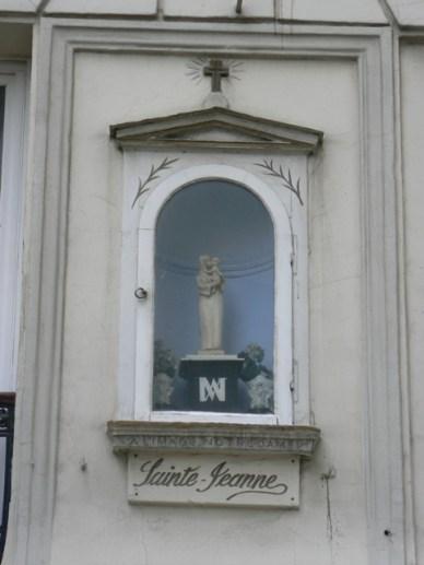 Vierge 32 rue Beauregard