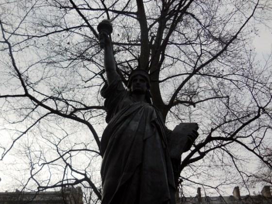 Jardin du Luxembourg -Statue de la Liberté
