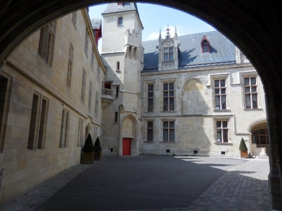 Hôtel des archevêques de Sens
