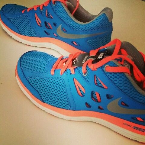 Mes running shoes