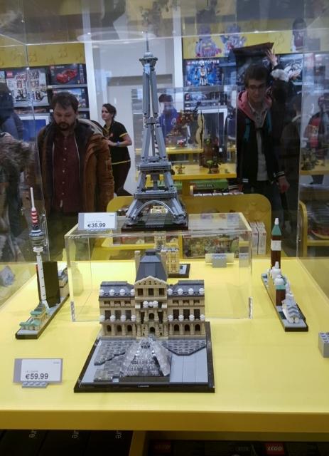 Lego Store Forum des Halles (10)