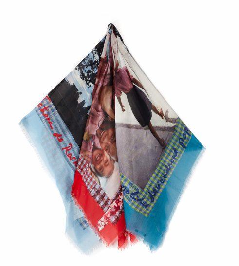 Toutes à l'école foulard Caroll (1) (640x640)