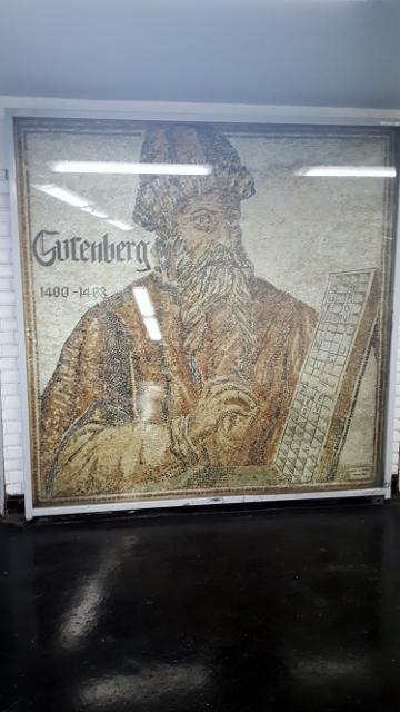 GUTENBERG (2)