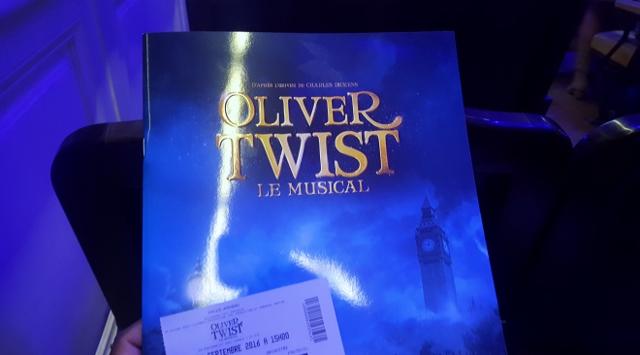 oliver-twist-le-musical-a-la-salle-gaveau-1