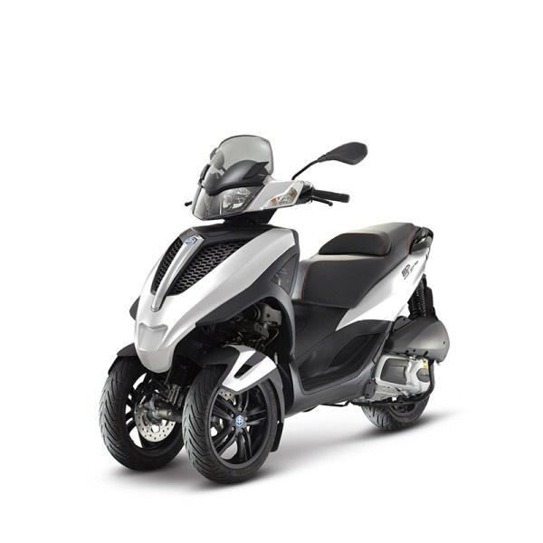 image Piaggio MP3 YOURBAN LT 300IE SPORT blanc Paris Nord Moto