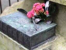 père lachaise - tomb of honoré de balzac