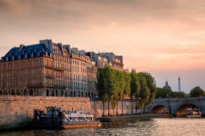 Sunset over the Seine and the Ile de la Cité, Paris. Credit: Joe de Souza/Creative Commons