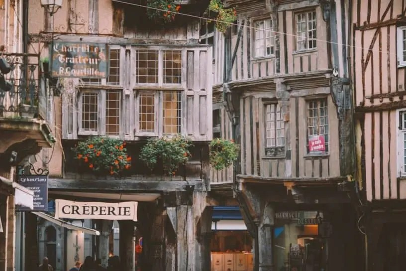 Medieval Marais paris writing retreats june 2021 itinerary