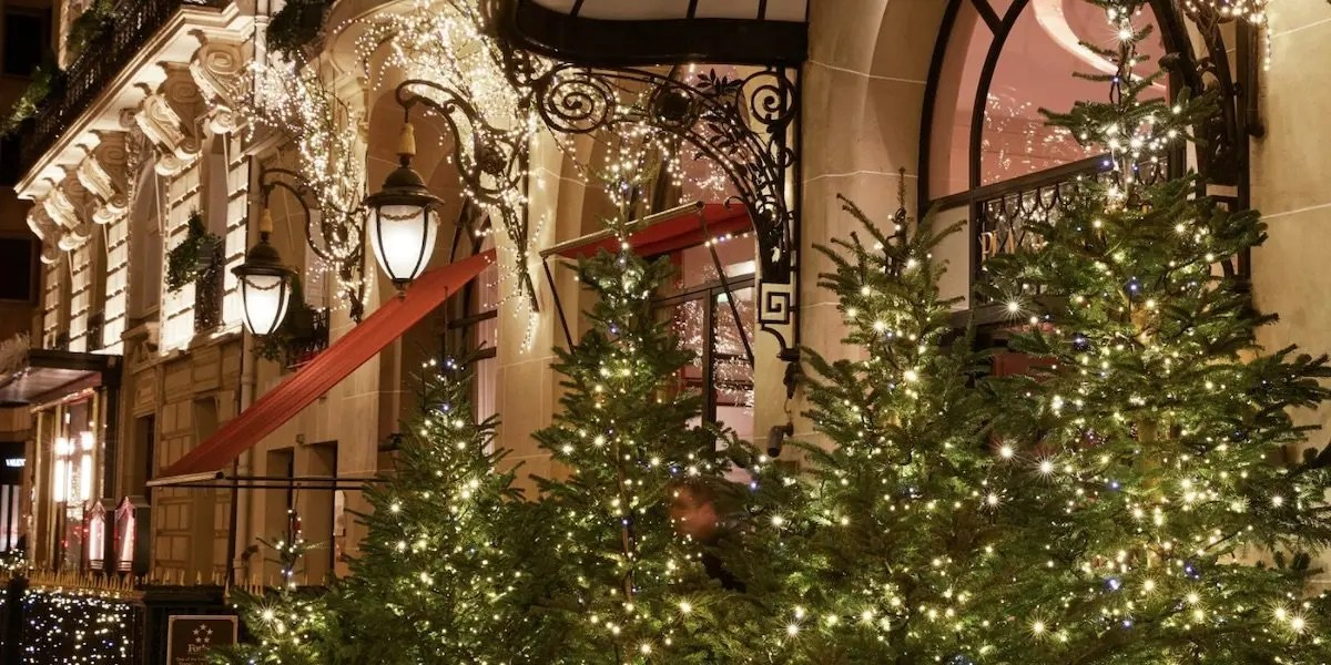 plaza athenee hotel at christmas