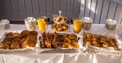 Breakfast Funeral tea
