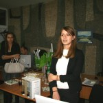 Мария Петкова от парка изнася презентация за проведените през годината акции