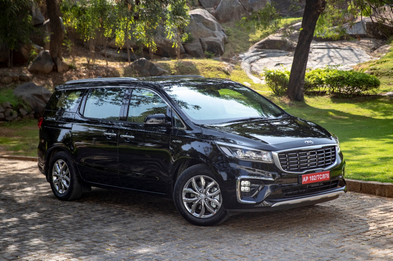 Kia Carnival MPV 7. 8. 9 Seater & Limousine variant – Photo Gallery | Shifting-Gears