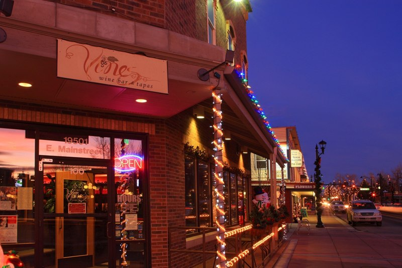 Mainstreet Parker Vines at the Holidays