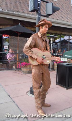Street Performer on Mainstreet during Parker Days Festival