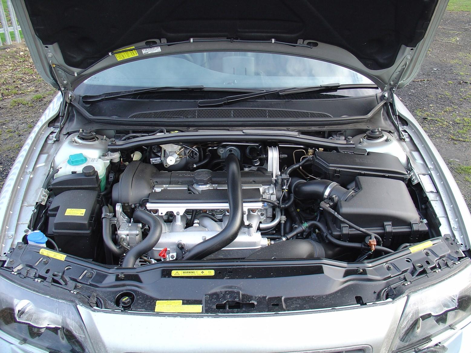 chevy cruze engine bay wiring