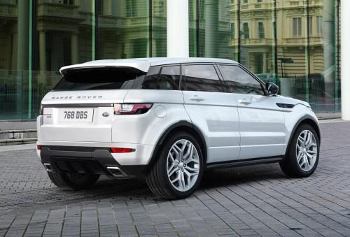 small resolution of range rover evoqe facelift rear white range rover evoque