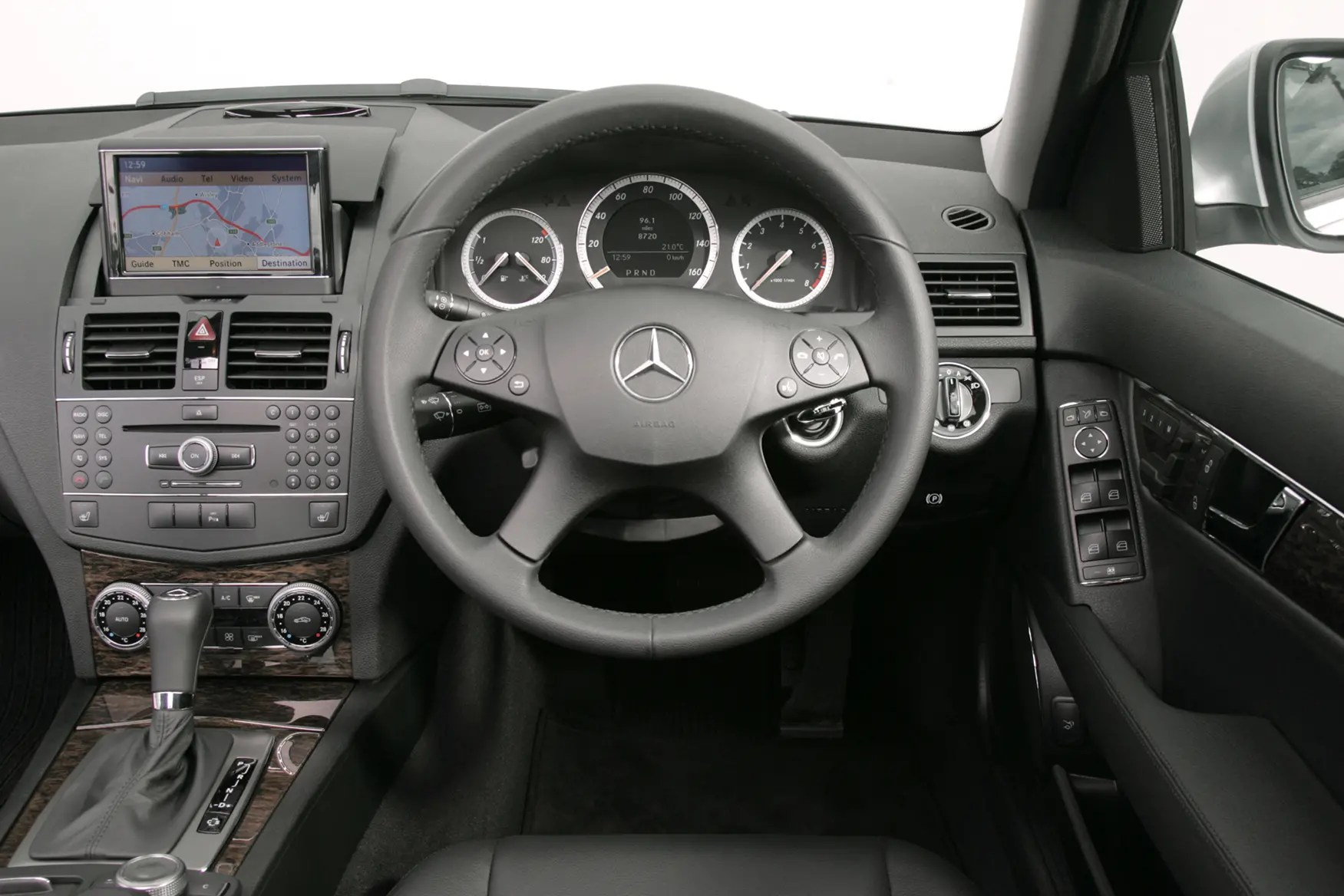 hight resolution of 2010 mercede c 300 interior